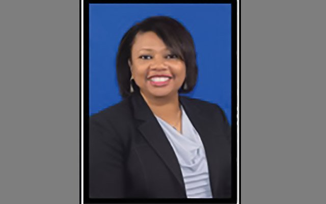 Lisa Smith joins Henderson as financial aid director